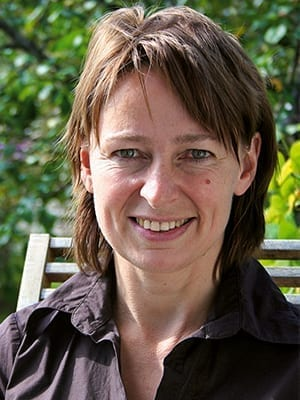 Dr. Karin Buchart